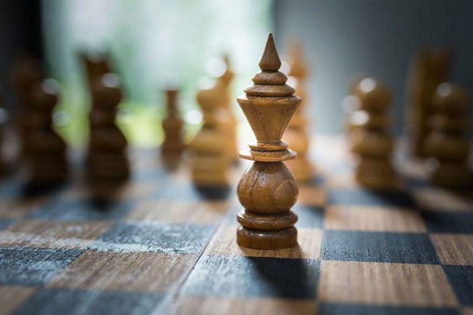 https://chesscamp4kids.eu/wp-content/uploads/2021/01/chess22-1024x683-1-683x455.jpg