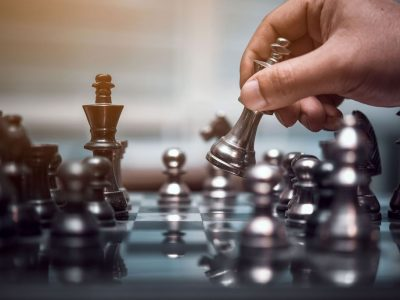 https://chesscamp4kids.eu/wp-content/uploads/2021/01/shutterstock_737018281-1-1024x683-1-400x300.jpg